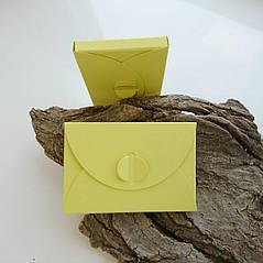Подарунковий конверт-коробочка 60х90х8 мм з кольорового дизайнерського картону Лимонний