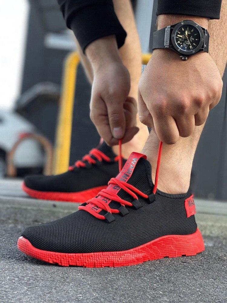 Мужские черные кроссовки на красной подошве Размеры 45,46