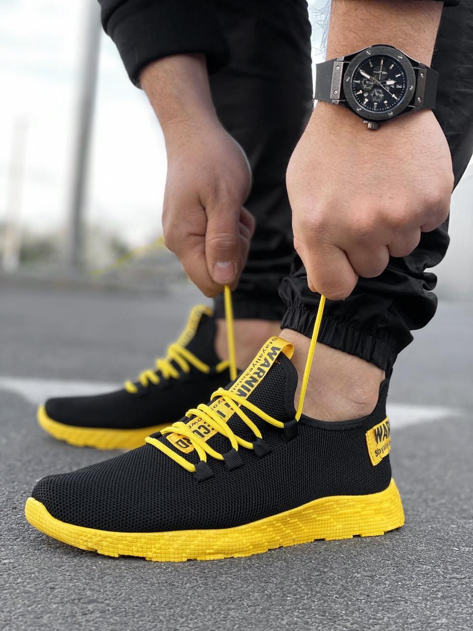 Мужские черные кроссовки на желтой подошве Размеры 45