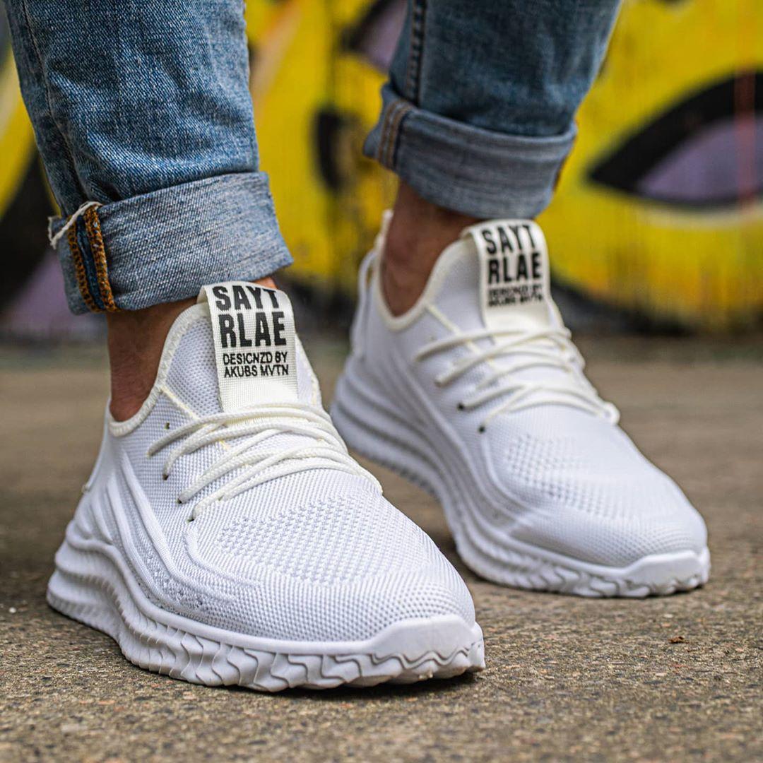 Мужские стильные белые кроссовки на белой подошве Размеры 43,44,45,46