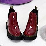 Эффектные бордовые женские лаковые глянцевые ботинки челси, фото 4