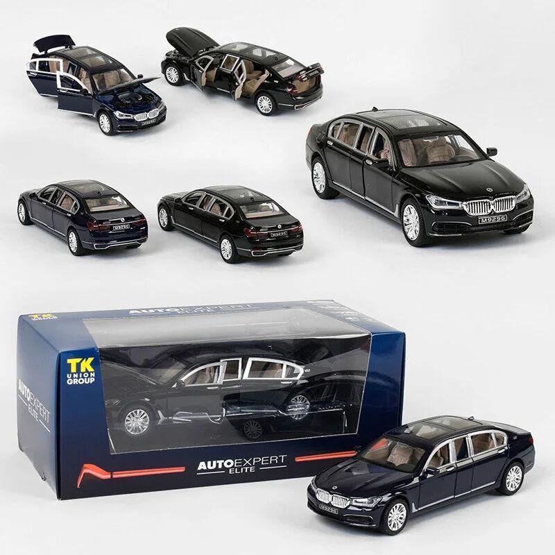 Машинка металлическая EL 7845 ТК Group М 1:24 BMW 750 с открывающимися дверями (2 цвета), свет, звук