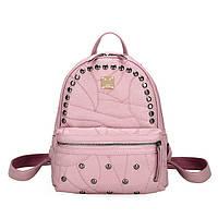 Модный рюкзак женский городской. Рюкзак для девочки под кожу с заклепками (розовый)