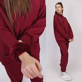 Шерстяной спортивный костюм