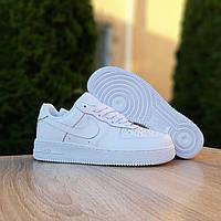 Женские кожаные кроссовки в стиле Nike Air Force белые, фото 1