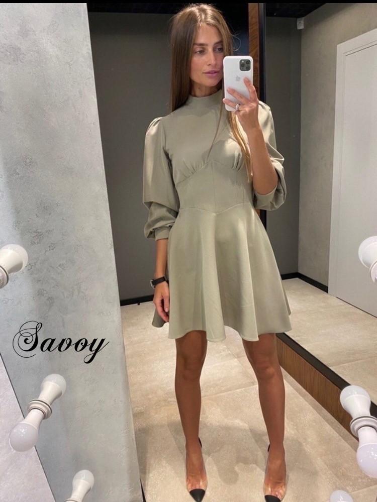 Платье с рукавом фонарик