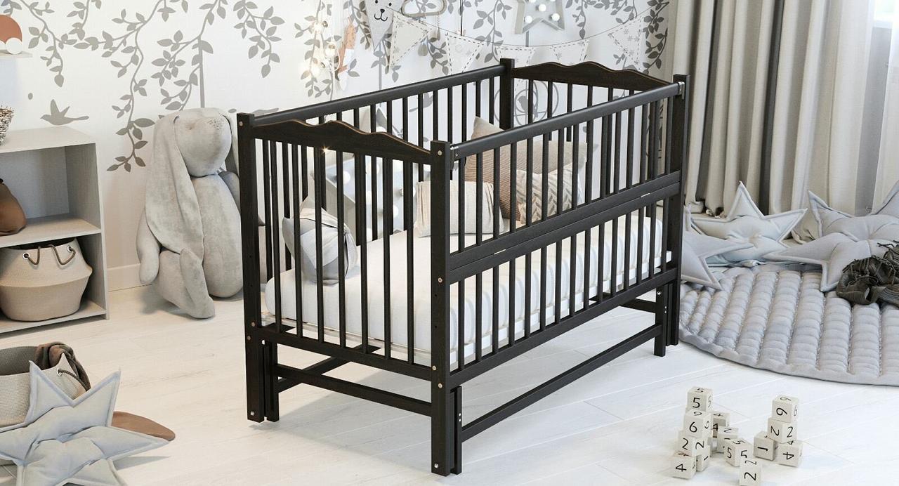 """Дитяче ліжечко Дубик-М """"Веселка"""" венге, з відкидною боковинкою на маятнику."""