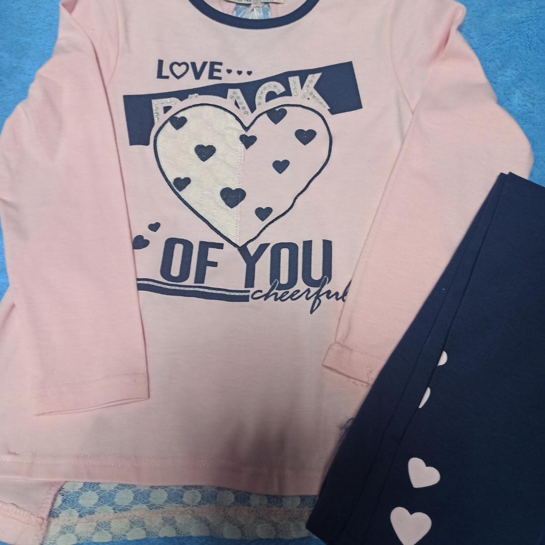 Костюм модный красивый нарядный оригинальный для девочки. В комплекте лосины синие и розовая кофта.
