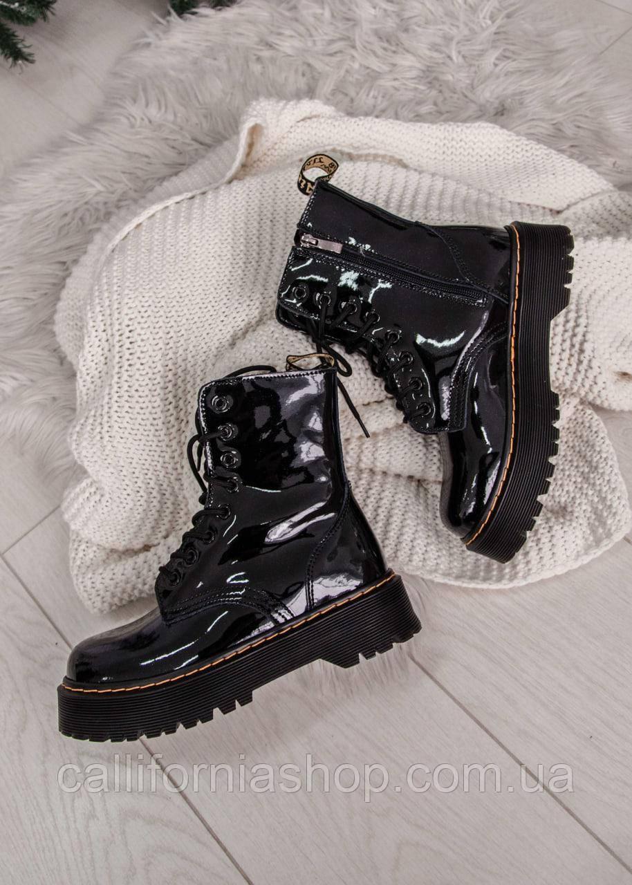Зимние ботинки женские Dr.Martens Jadon ( Дк. Мартинс Жадон ) черные из натуральной лаковой кожи на меху