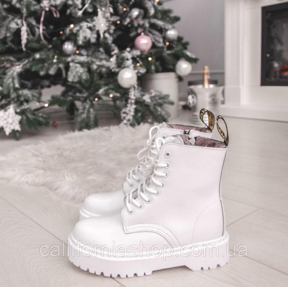 Зимние женские белые ботинки Dr.Martens Jadon ( Дк. Мартинс Жадон ) из натуральной кожи на меху