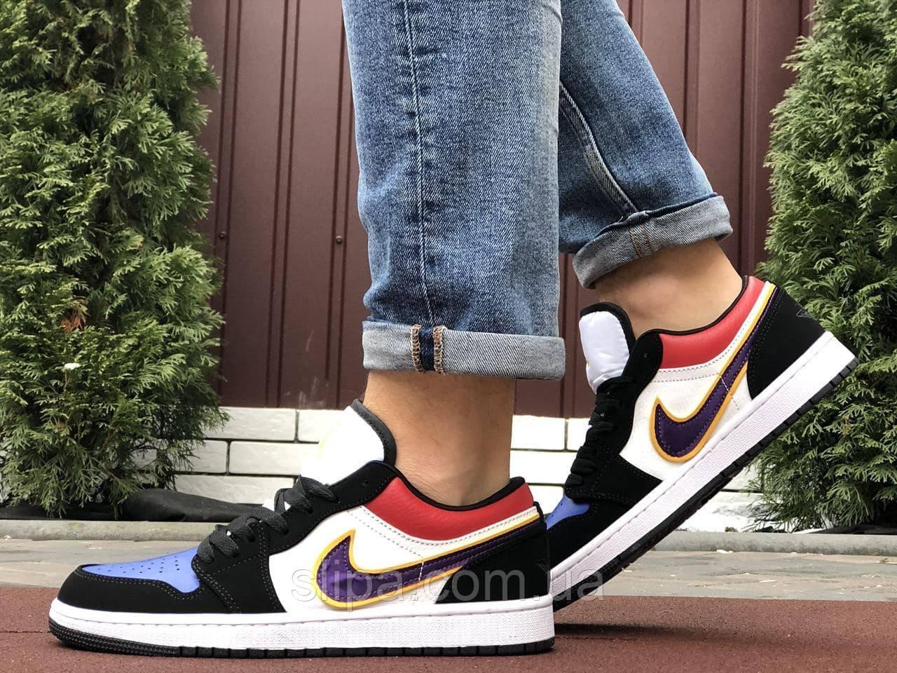 Мужские кожаные кроссовки в стиле Nike Air Jordan 1 Low разноцветные