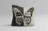 Декоративная подушка с принтом бабочка 45*45 см