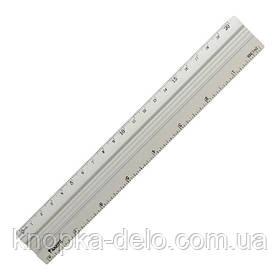 Линейка алюминиевая, 20 см. Две шкалы измерения:сантиметровая и дюймовая.Индивидуальная блистерная упаковка.