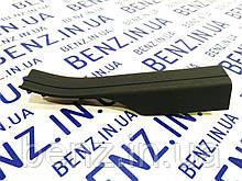 Накладка заднего порога внутренняя левая Mercedes W204 A2046860336