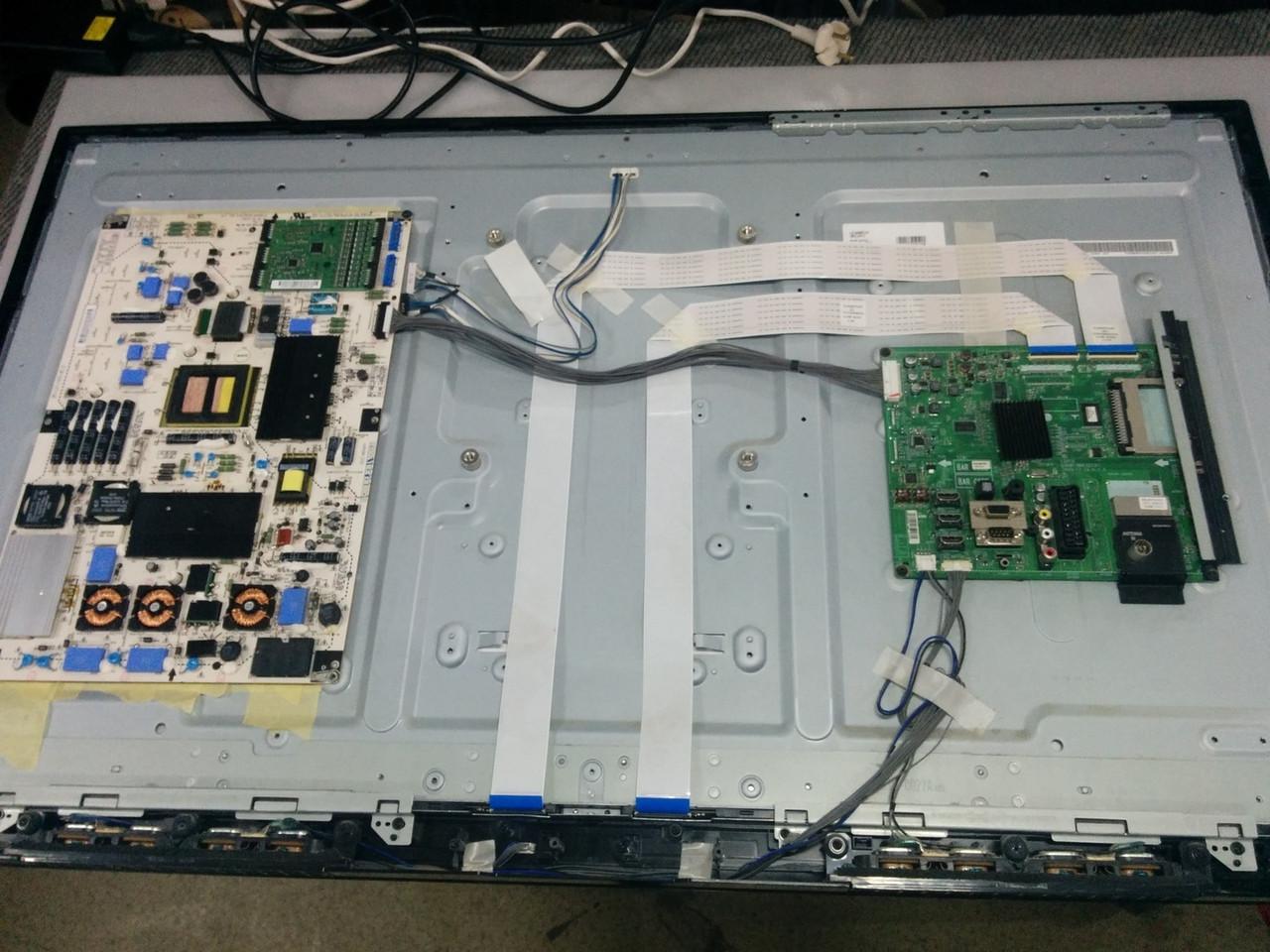 Запчастини до телевізора LG 42LE4500 (EAX61766102, 3PCGC10008A-R , 3PHAC40003A-R, 6870C-0480A)