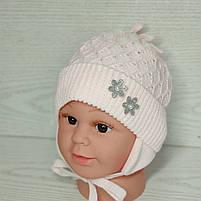 Шапочка для дівчинки демісезонна на завязці з заворотом кружевна Розмір 36-38 см Вік на новонародженних, фото 2