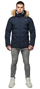 Укороченная куртка на зиму мужская синяя модель 25780