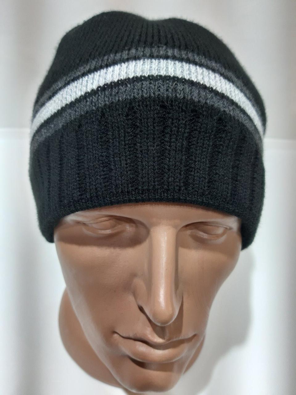 Мужская шерстяная шапка на флисе зимняя черная