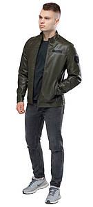 Классическая курточка из экокожи мужская цвета хаки модель 25825