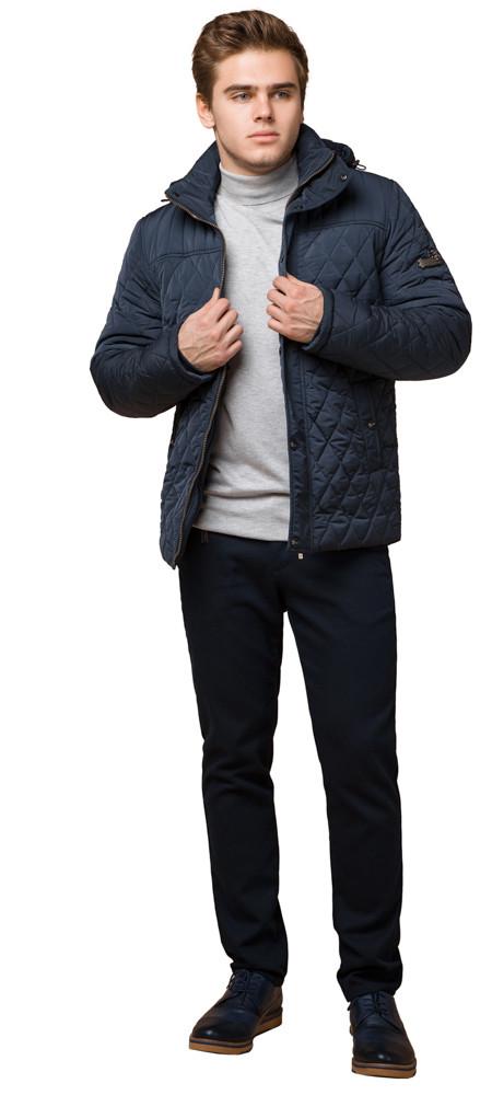 Модная зимняя куртка на мужчину светло-синяя модель 24534
