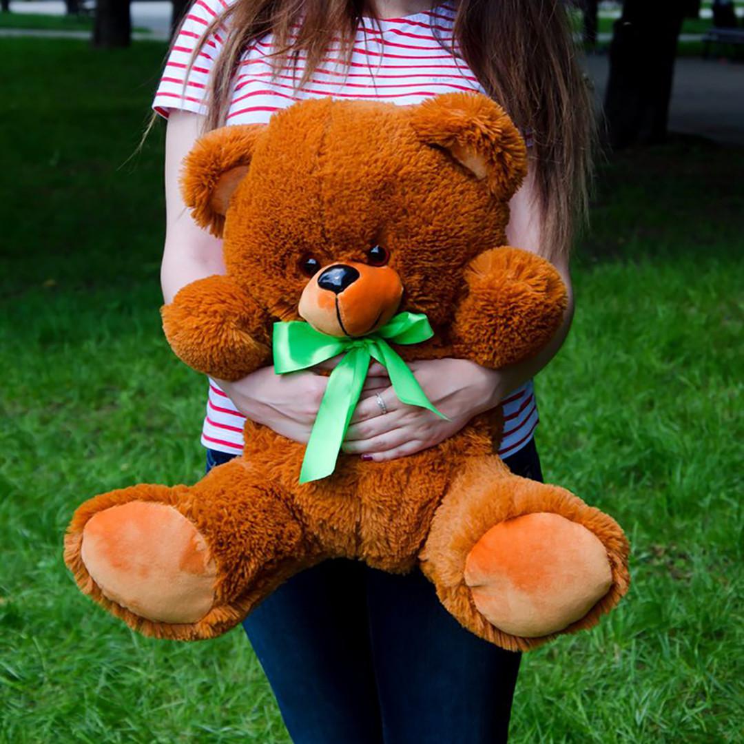 Плюшевые медведи: Плюшевый медвежонок Томми 0,65 метра (65 см), Коричневый