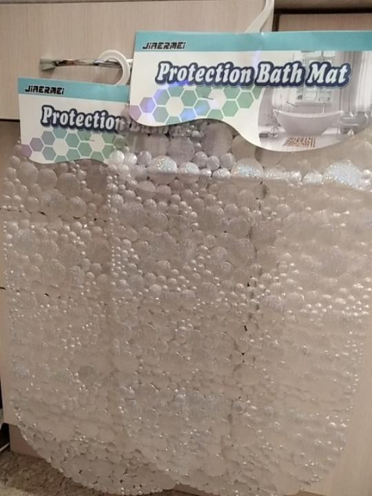 Коврик в ванную на присосках силиконовый Пузыри Бульбашки антискользящий красивый серый