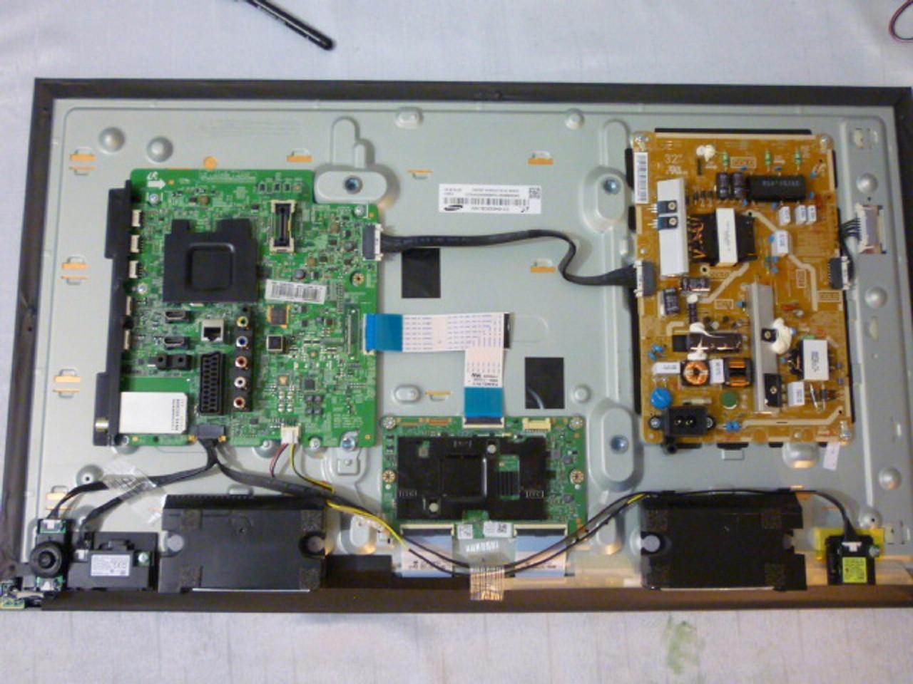 Платы от LED TV Samsung UE32H6400AKXUA поблочно (разбит экран).