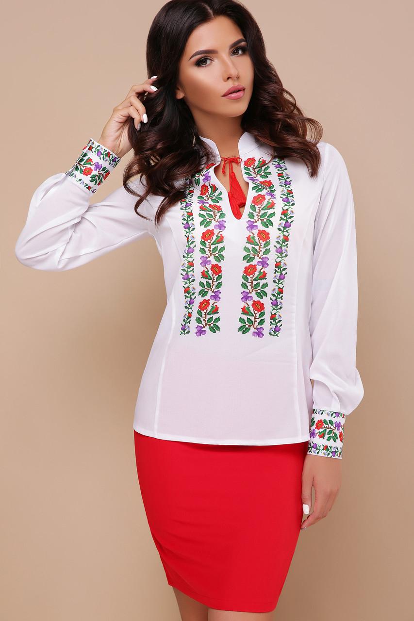 Белая женская блузка с цветами в стиле вышиванки  Ярослава д/р