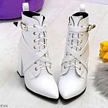 Элегантные нарядные белые женские ботинки на фигурном каблуке, фото 4