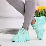 Эффектные яркие небесно голубые люксовые текстильные женские кроссовки, фото 2