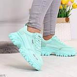 Эффектные яркие небесно голубые люксовые текстильные женские кроссовки, фото 3