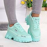 Эффектные яркие небесно голубые люксовые текстильные женские кроссовки, фото 4