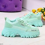 Эффектные яркие небесно голубые люксовые текстильные женские кроссовки, фото 5
