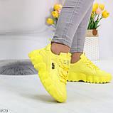 Яркие желтые лимонные неоновые молодежные женские кроссовки, фото 2