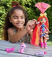 Лялька Емберлі і динозавр Флайре Печерний Клуб Cave Club Emberly Doll, фото 6