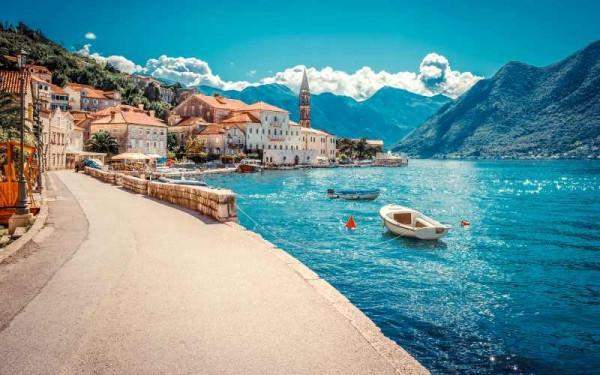 Остановите свой выбор в августе на отдыхе в Черногории!
