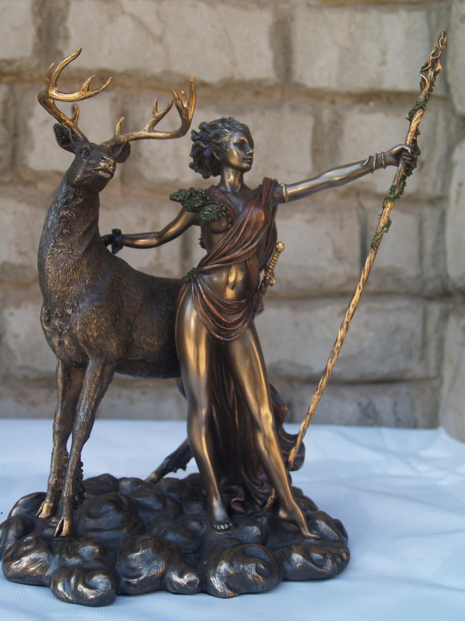 Статуетка Veronese Артеміда Діана 26 см 70974