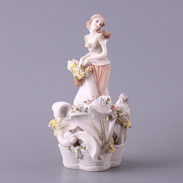 Статуетка Дівчина Лизетта 24 см полістоун