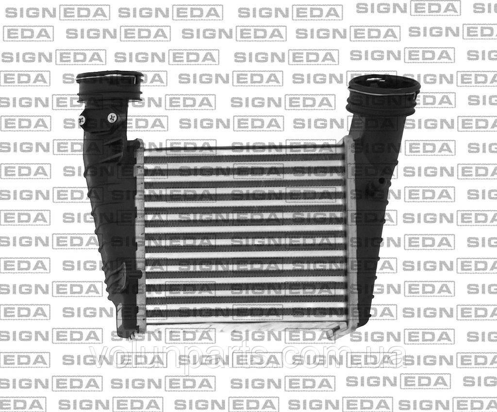 Інтеркулер Passat b5 / Skoda Superb 1.8T-1.9 2001-2008р (SIGNEDA RI96731/96680) 3B0145805D / 3B0145805E