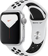Смарт-часы Apple Watch Series 5 Nike+ GPS 44mm Silver Aluminum с Silver Sport Band [MX3V2]