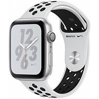 Смарт-часы Apple Watch Series 4 Nike+ GPS 44mm Silver Aluminum with Pure Platinum/Black Nike Sport Band