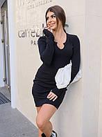 Короткое платье с красивым декольте черное