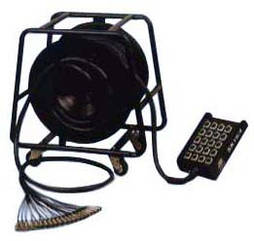 SOUNDKING AI210 Мультикор с катушкой 24+4 канала