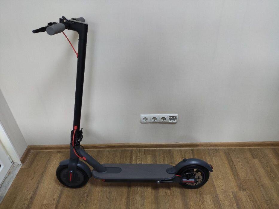 Электросамокат Xiaomi Mija Electric Scooter M365 PRO