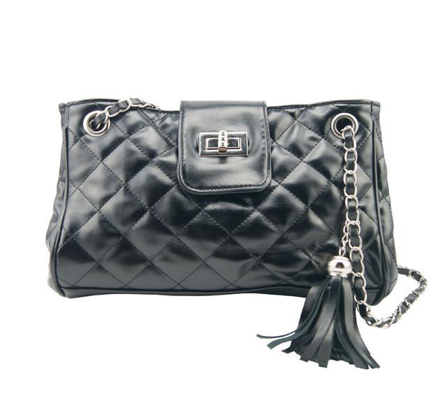 Женская сумочка W25 black вид спереди