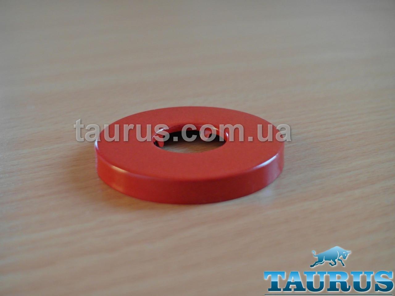 """Красный круглый объёмный декоративный фланец, размер D54 мм х высота 6 мм, под внутренний размер 1/2"""". Латунь"""