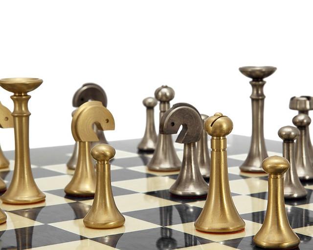 """Коллекция фигур """"FUTURISTICO"""". Шахматы подарочные Italfama."""