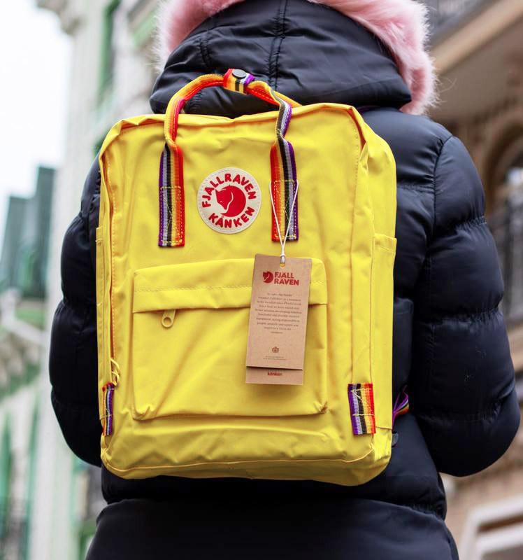 Рюкзак сумка женский канкен желтый с радужными ручками Fjallraven Kanken Classic Rainbow 16 литров радуга