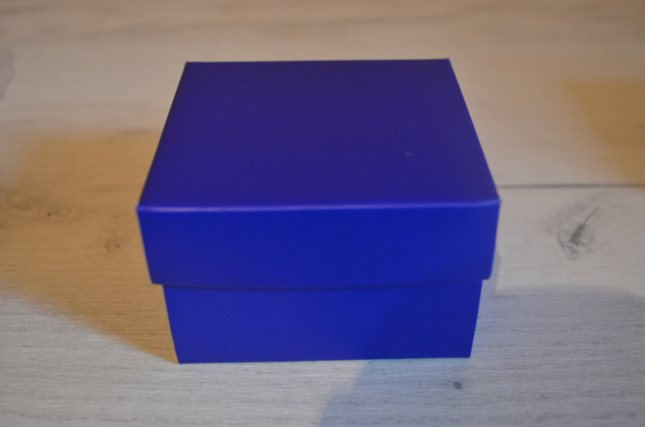 Синяя подарочная коробка для часов