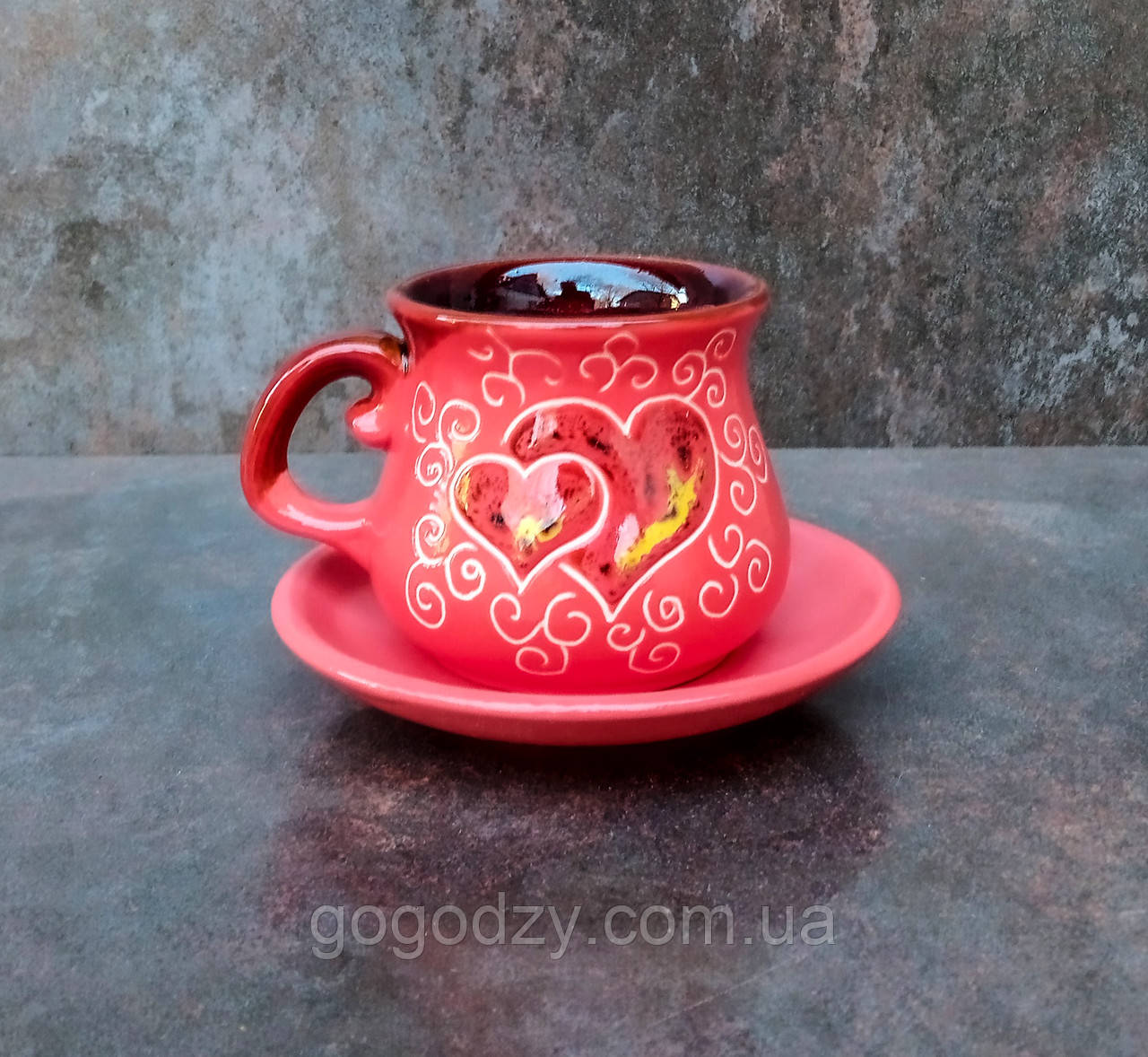 Філіжанка з блюдцем декор Серце червона
